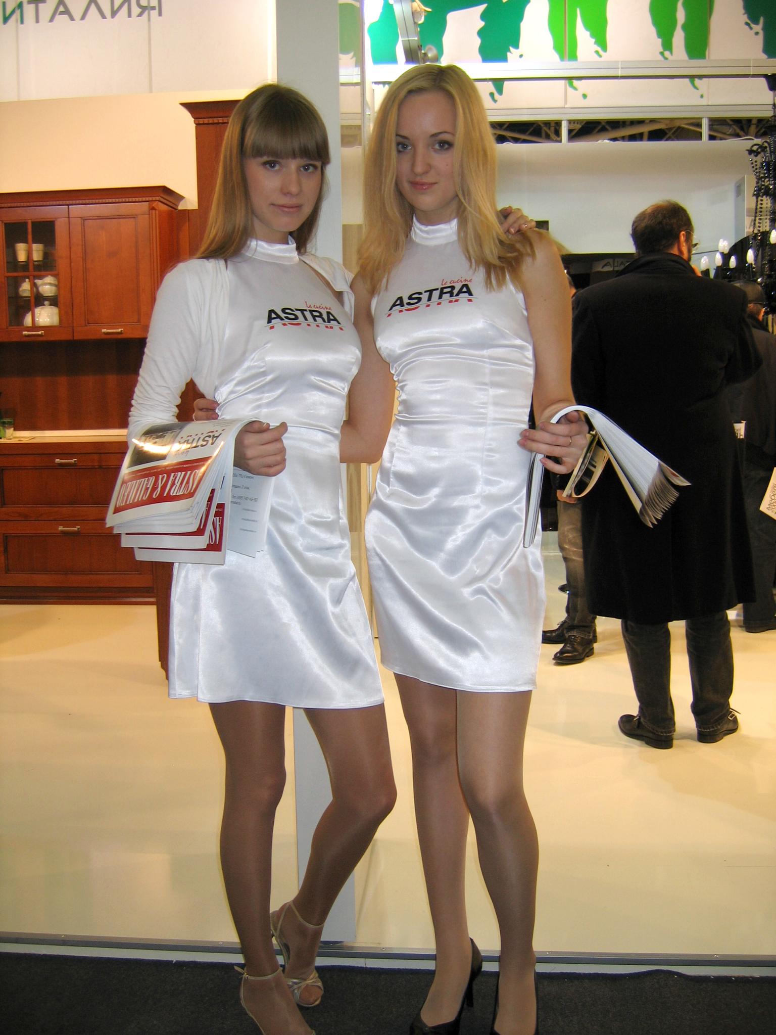 Фото девушек моделей с выставок